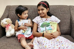 kids_withbooks