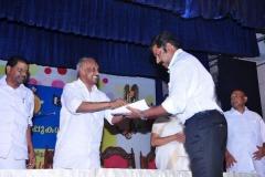 receiving_award_for_angane_orumambhazhakalam